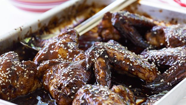 Jerry Rice's Sticky Honey Soy Wings - Super Bowl Party Recipes from NFL Greats