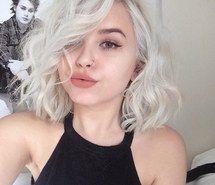 Inspirant de l'image cheveux bouclés, fille, cheveux, coifure, fille jolie, tumblr girl, cheveux blanc #2987865 par loren@ - Résolution 500x500px - Trouver l'image à votre goût