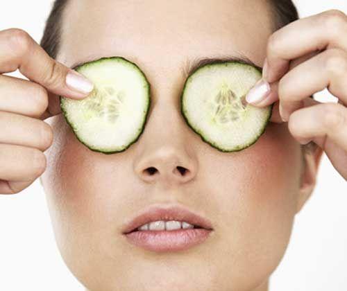 Remedios caseros para quitar las bolsas de los ojos - Actitud de Mujer