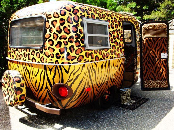 leopardskin boler: Safari, Travel Trailers, Animal Prints, Leopards Prints, Tiny Campers, Vintage Trailersoh, Prints Campers, Roads, Vintage Campers