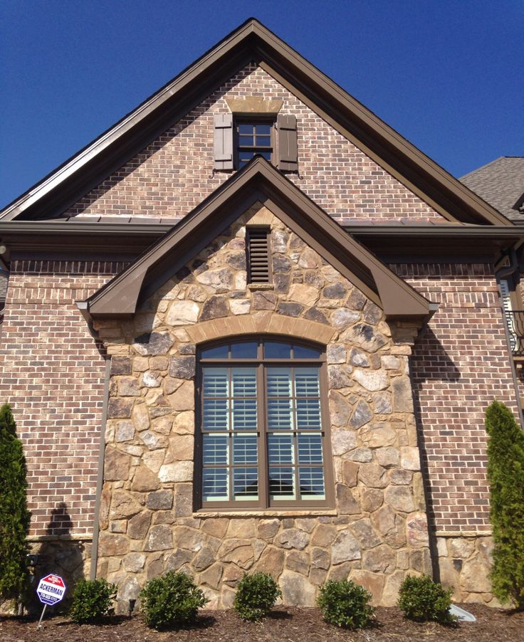 Luxury Brick Homes: Old Savannah 431 Ivory Mortar