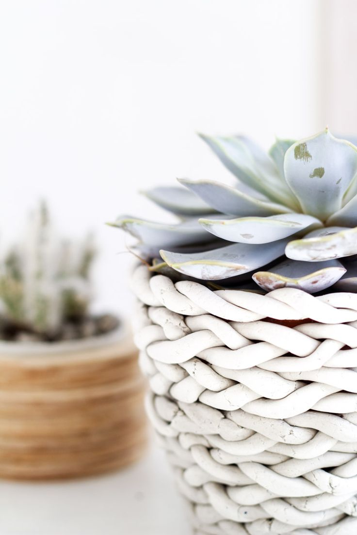 712 best diy craft images on pinterest ceramic art clay and diy plaited planter diy clayclay craftsclay solutioingenieria Images