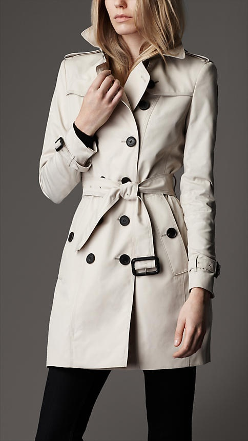 I must have a trench this fall/winter seasonTechnical Cotton, Beautiful Trench, Burberry Scarf, Burberry Trench, Cotton Trench, Cotton Poplin, Trench Coats, Burberry Mid Length, Poplin Trench