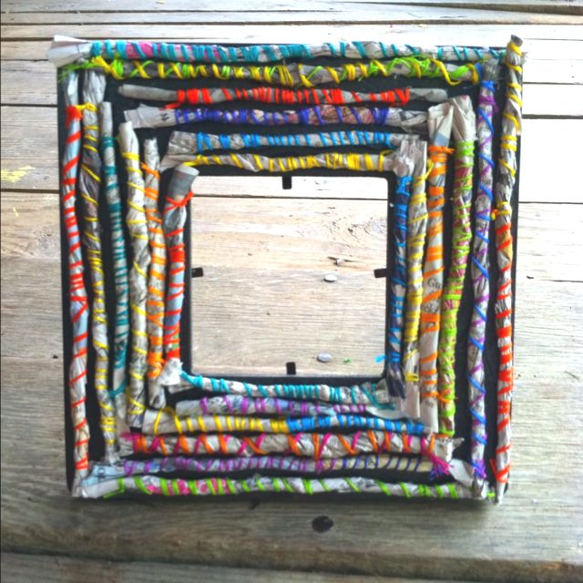 DIY frame! 1: roll newspaper 2: wrap with thread 3: glue on frame. Takes one hour for a great handmade gift.