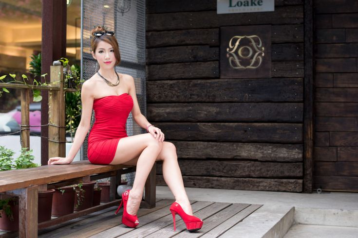 Порно юная азиатка