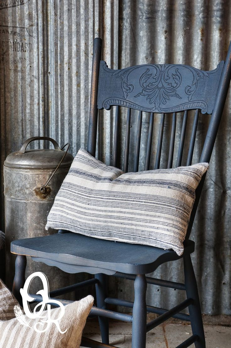 Oliver and Rust: An Artissimo chair, a sale and where does all the stuff live