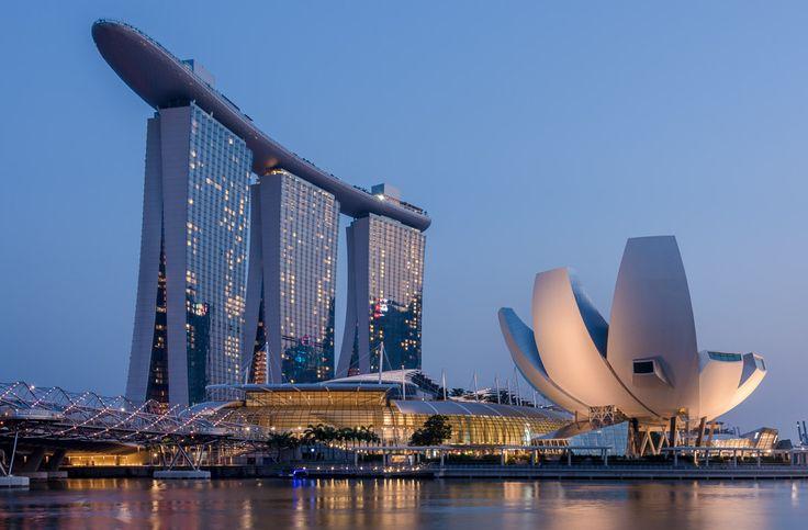 Singapore ©Mike Hollman  www.mikehollman.com