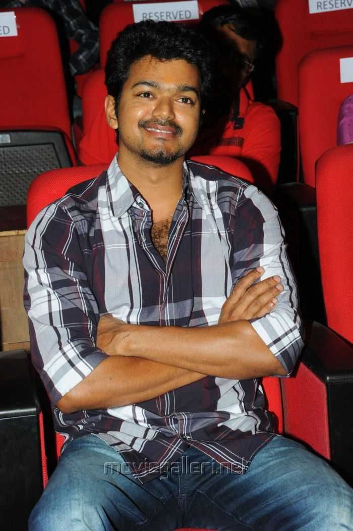 Vijay in Nanban Telugu Release