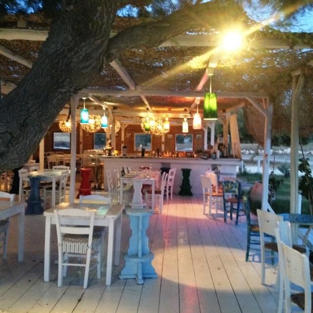 Taverna golden beach paros