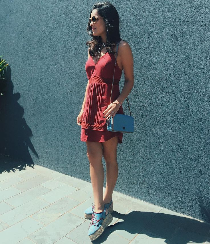 Saturdays Dress @crisbarrosofficial / Bag @coach / Shoes @cerveramarca #finds #blogdamariah #ootd by blogdamariah