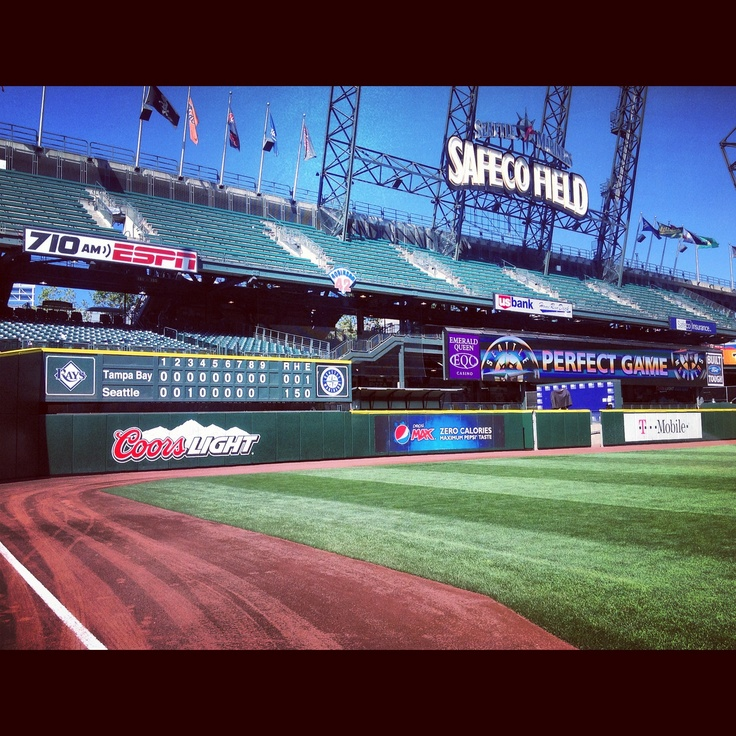 So this is what a perfect day looks like. 8/15/12 #RoyalGem: Things Kyla, Favorite Places, Seattle Marines, Awesome Photo, Marines Kingfelix, Baseball Ideas, Safeco Fields, Kingfelix Perfecto, Dave Niehaus