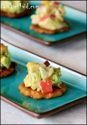 Mango, Crab and AvocadoTostones -- Crab Salad: 8 oz / 226 g cooked crab meat, diced, pulp of 1 avocado, diced, pulp of 1 mango, diced, 2-3 tbsp finely chopped red onion, lemon juice, salt, to taste, cumin, to taste, garlic powder, to taste.