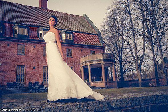 Wedding fashion 2015 in Vanajanlinna. Photo: Lars Johnson. Dress: Niinatar