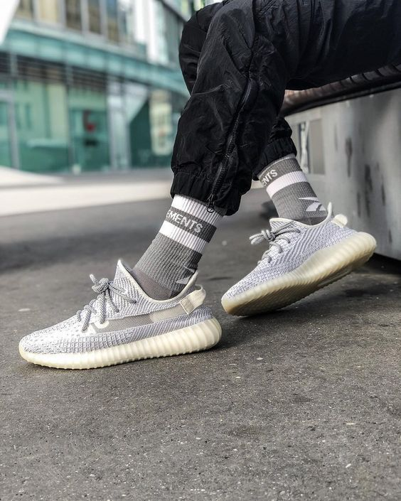 big sale 31a41 c7925 Adidas Yeezy 350 V2 Boost Static 3M Reflective Sneakers ...