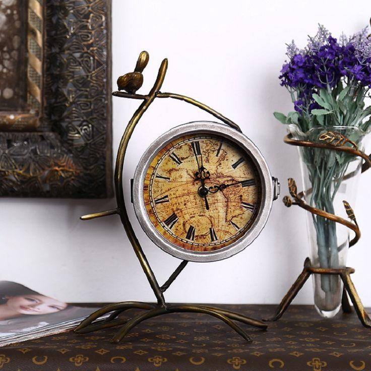 Digital Clock Metal Table Clock Watch Reloj Saat reveil Masa Saati Relogio de mesa Desktop Clocks relogio mesa Retro Home Decor