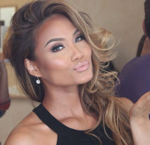 Just pout - daphne joy
