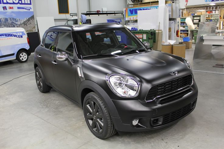 Mini Countryman matte black...I like the matte look - but not in black