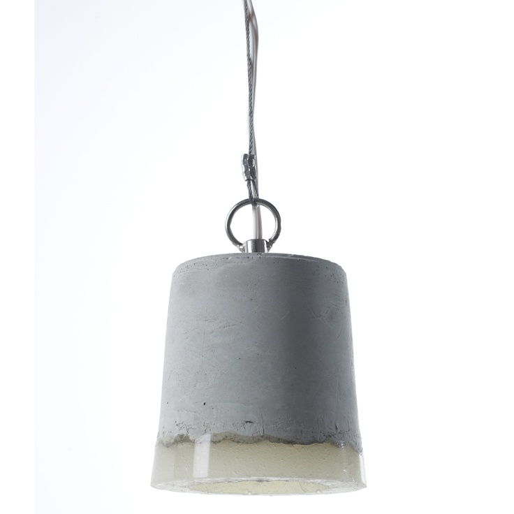 Taklampe til kjøkken, spisestue ++  Design: Serax  Materiale: Betong   H13 cm* dia 12 cm  Kabellengde: 140 cm  Max 40 watt