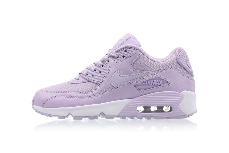 The Nike Air Max 90 SE Mesh Is Dreamy in Pastel Purple