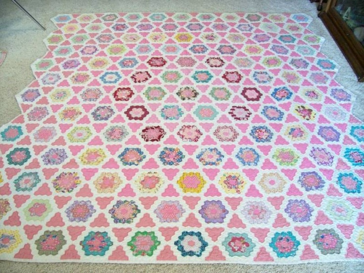67 Best Quilts Hexagons Images On Pinterest English Paper Piecing Grandmothers And Hexagon