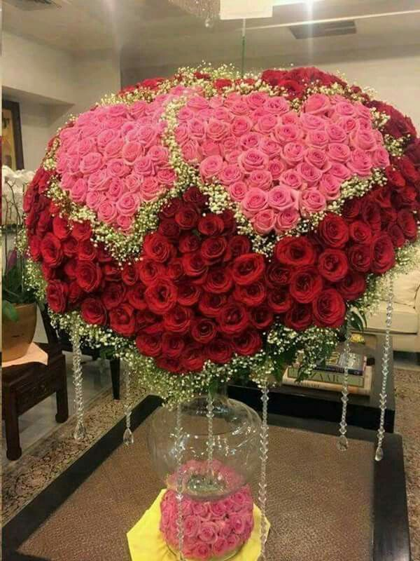 Pin By Krystyna S On Walentynki Beautiful Flower Arrangements Valentines Flowers Anniversary Flowers