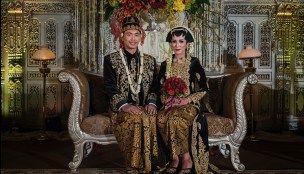 Pernikahan Adat Jawa ala Sonya dan Hangga di Hotel Bidakara