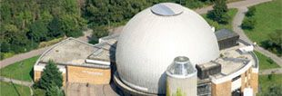 Photolink to the web site of the Zeiss Planetarium: The building