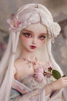 1/3 BJD SD Dolls Pretty Girl Female Resin Nude Doll + Eyes