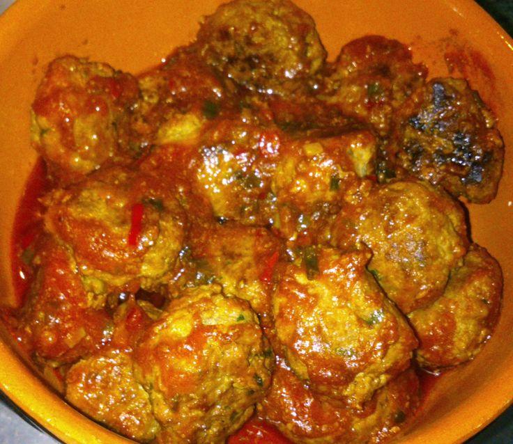 Cambridge recepten: Spaanse gehaktballetjes in pikante saus...