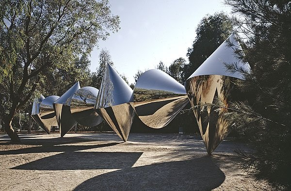 Bert Flugelman, 'Cones', 1982, polished stainless steel, National Gallery of Australia, Canberra, Commissioned 1976, purchased 1982  © Bert Flugelman