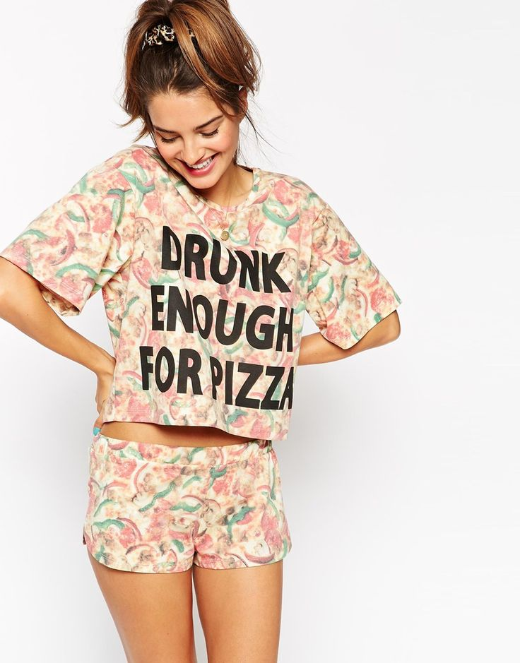 Immagine 1 di ASOS - Drunk Enough For Pizza - Pigiama T-shirt corta e pantaloncini