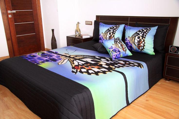 Prehoz na posteľ čiernej farby s motýľom