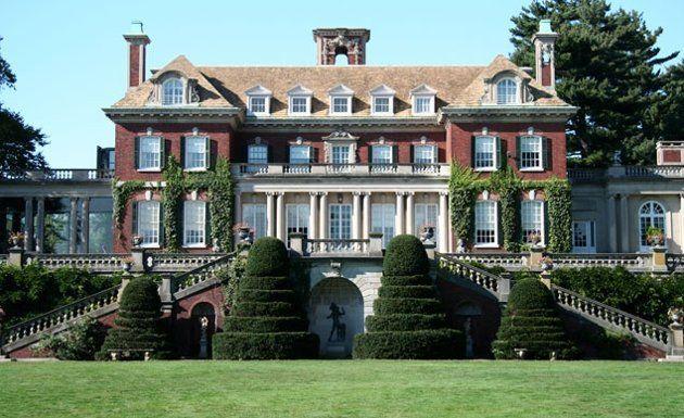 Charles II-style Old Westbury mansion on Long Island's Gold Coast