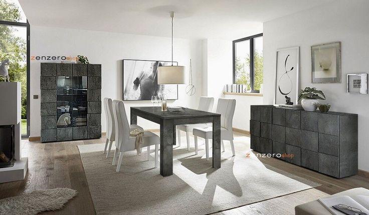 Sala da pranzo completa con madia, tavolo e vetrina ...