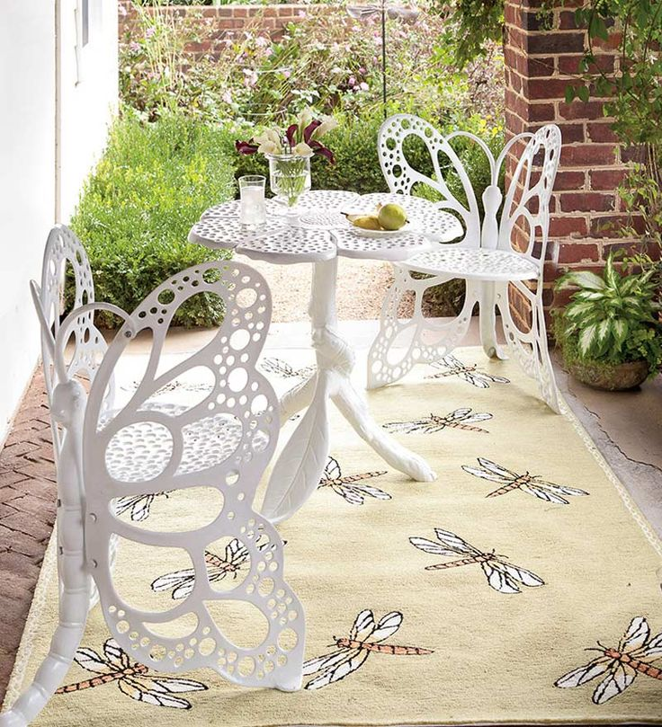 Butterfly Table: Chairs Sets, Patio Furniture, Patio Sets, Gardens Furniture, Butterflies Tables, Teas Party, Butterflies Seats, Patio Tables, Flower Tables