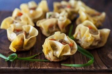Curried Beef Dumplings — Punchfork | exotic cool foods | Pinterest