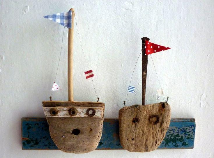 Иллюстратор Kirsty Elson живет на юго-западе Великобритании. Из деревяшек, гвоздей она делает симпатичные, душевные домики, которые отлично передают атмосферу…