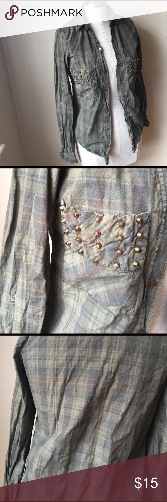 Leara Woman plaid studded shirt Leara woman plaid long sleeve button up studded shirt. Size xs leara Woman Tops Button Down Shirts