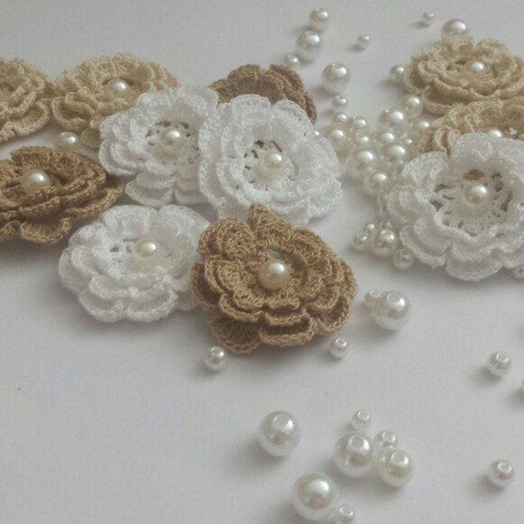 Crochet applique flower
