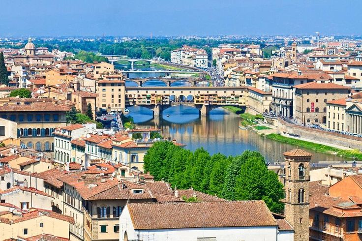 Have a pleasant Florence Morning Tour, leading you to discover some of the most important locations and monuments of the city, such as Piazzale Michelangelo, the Accademia Gallery, San Lorenzo Church, the Cathedral, Giotto's Bell Tower and St. John's Baptistery with Tourboks.