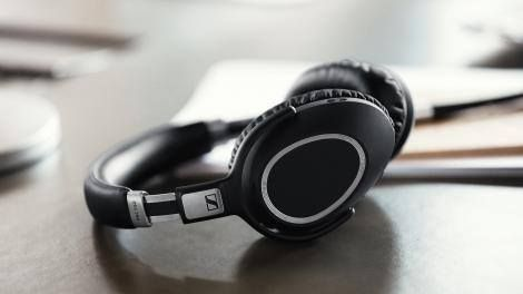 Sennheiser's wireless noise-cancelling headphones know when to pause the music -> http://www.techradar.com/1324415 FOLLOW ON FACEBOOK! https://www.facebook.com/TechNewsTrends/