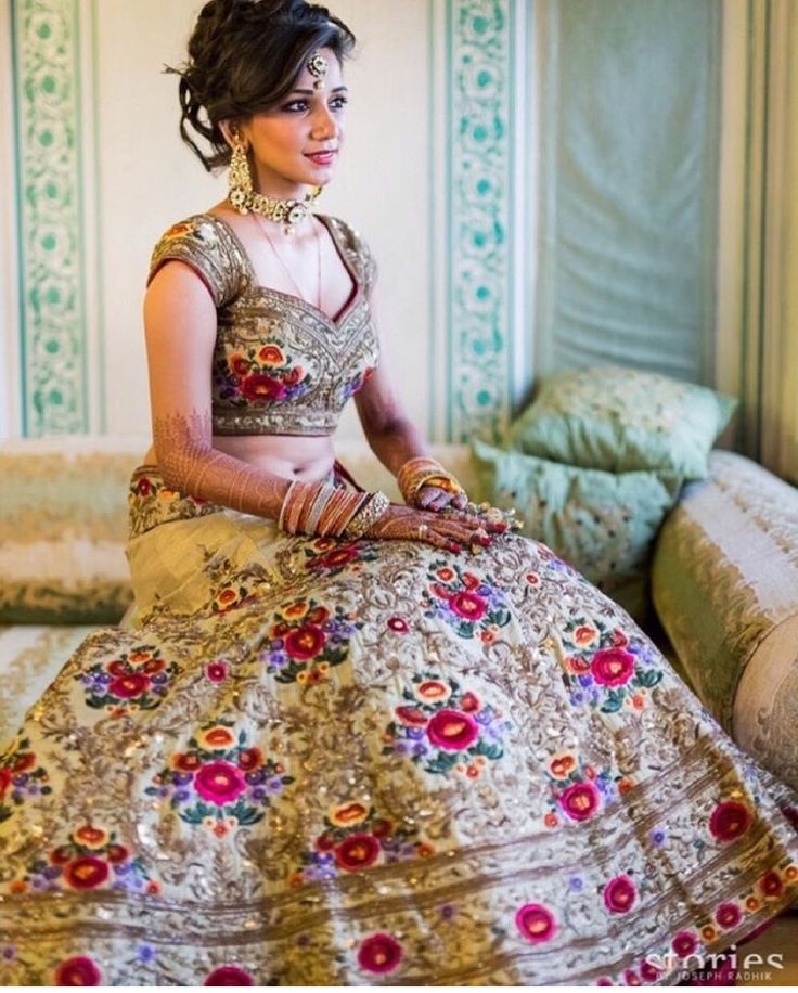 Real Brides Are The Biggest Fashion Inspiration At WedMeGood And Over Course Of Last Twelve Months Here Bridal Lehengaswe Found Extra