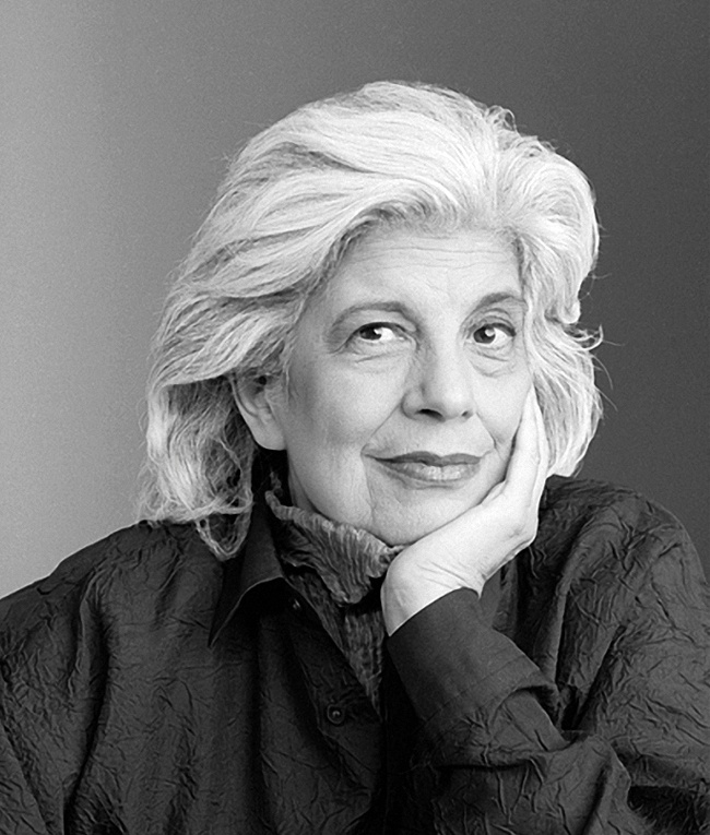 Susan Sontag photographed by Mary Ellen Mark. NYC, 1999.