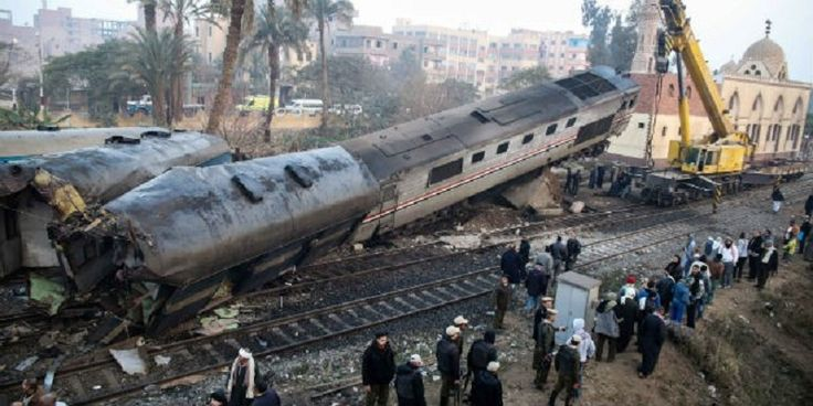 At least 69 people were injured when a train derailed and two of its cars overturned as it was travelling north toward Cairo on Thursday, an Egyptian Health Ministry official said.Gamal el-Gohari was quoted by Egypt's state-run news agency as saying that the accident took place early Thursday morning near Beni Suef, a city south of Cairo. MENA quoted an unidentified security official as saying that the train hit a cement wall while trying to avoid a second one heading in the opposite…