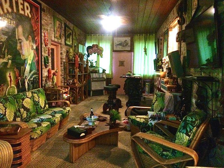 Best 25 tiki decor ideas on pinterest tiki lounge tiki for Tiki room decor