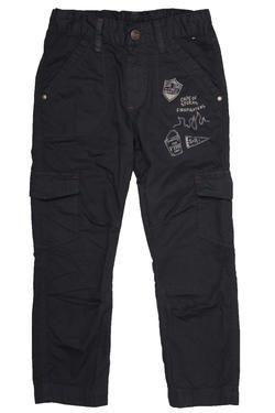 Boys fashion pants with cargo pockets and print detail, and a drawstring waist for comfort. From Naartjie Kids SA.