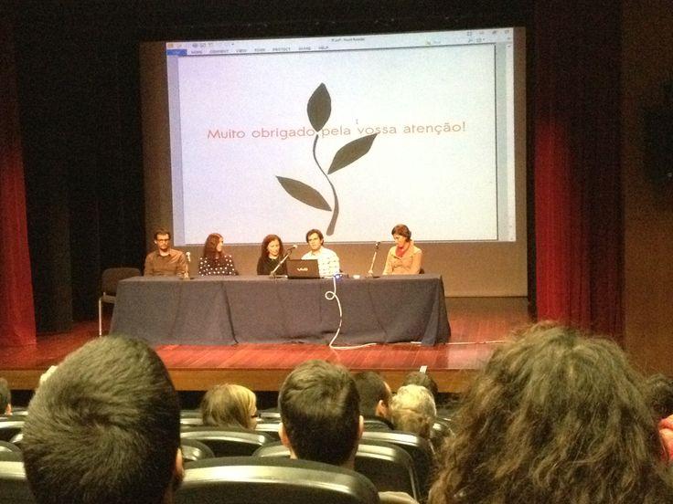 Lançamento de 'Somos Felizes' na Antologia 'Por Mundos Divergentes' no Fórum Fantástico de 2014
