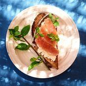 Tartines de thon frais par Cyril Lignac - une recette Brunch d'été - Cuisine