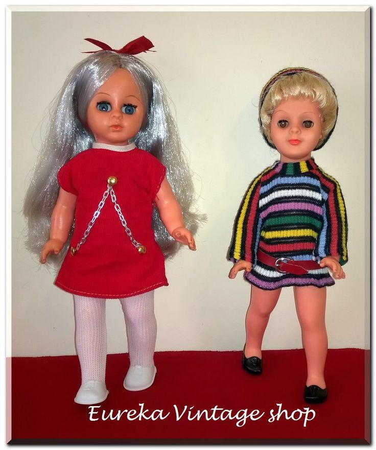 Σήμερα σας παρουσιάζουμε 2 πολύ εκφραστικές και σούπερ μοντέρνες κούκλες από την ελληνική εταιρία VIOPAD η αριστερή και από την γερμανική εταιρία ARI η δεξιά. Και οι 2 είναι σε πολύ καλή vintage κατάσταση με φυσιολογική παλαιότητα.