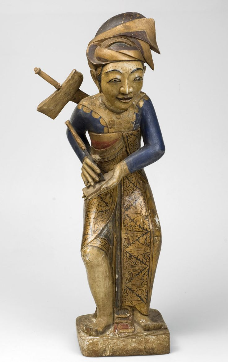 Scribe, Bali, pre-1933. Wood. Tropenmuseum Amsterdam.